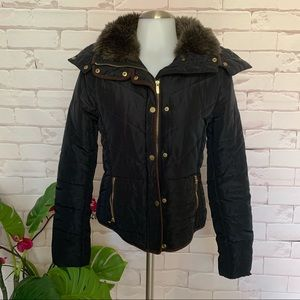 H&M Womens Quilted Slim Fit Puffer Hoodie Jacket